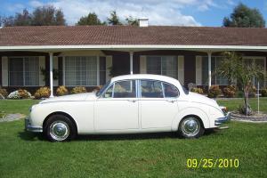 Original Jaguar CAR 3 4 MK2 Mkii 1961 Service Manual Tool KIT Maintence Book