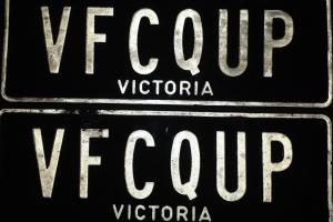 Valiant VF Coupe Photo
