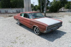 1967 Dodge Charger 383 Hipo, 4 speed rare muscle car