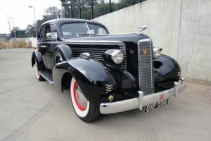 1937 Cadillac La Salle 37/50.
