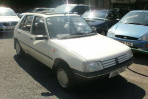 1992 'J' Peugeot 205 1.8 GLD Diesel 5 door Hatchback