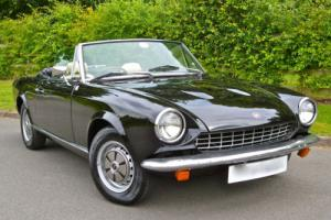 1977/R FIAT 124 SPIDER 1.8 RHD CONVERTIBLE Photo
