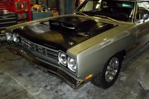 Plymouth : Road Runner