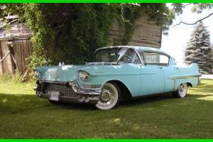 Cadillac : DeVille Hardtop Sedan