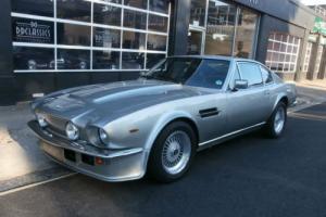 Aston Martin Vantage 1983 Photo