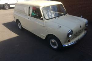 LEYLAND CARS MINI 850 van 1972 mostly restored
