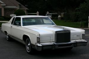 Lincoln : Town Car TOWN COUPE - TWO OWNER - 38K MILES