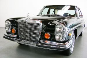 Mercedes-Benz : S-Class 4-door sedan