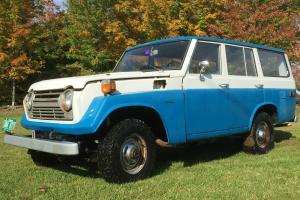 Toyota : Land Cruiser FJ55