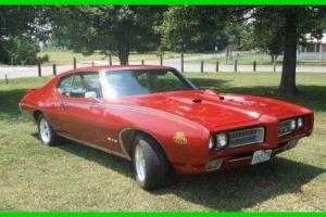 Pontiac : GTO Judge Rotisserie Restoration