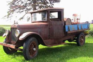 REO SPEEDWAGON  Rare Vintage Truck
