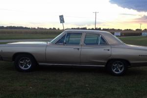 Dodge : Coronet Four Door