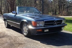 Mercedes-Benz : SL-Class Parchment MB TEX