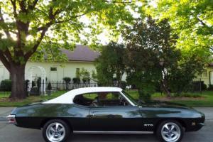 Pontiac : GTO 2 DR HARDTOP