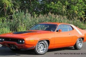 Plymouth : Road Runner Restored