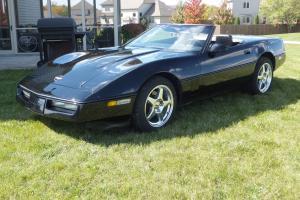 Chevrolet : Corvette Base Convertible 2-Door