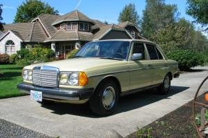 Mercedes-Benz : 200-Series Series 123, 240d