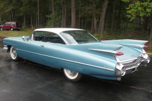 Cadillac : DeVille Coupe de Ville Photo