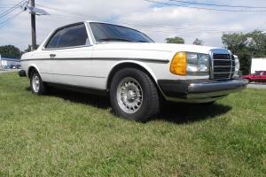 Mercedes-Benz : 300-Series 300CD