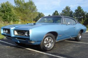 Pontiac : GTO 2-door