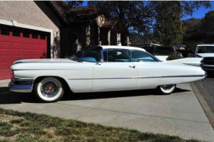 Cadillac : DeVille 2 Door Hardtop