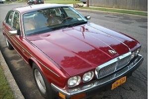Jaguar : XJ6 Vaden Plas Photo