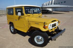 Toyota : Land Cruiser 2-Door Hardtop