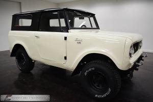 IHC Four Wheel Drive Mud Toy not Jeep FJ40 Bronco V8