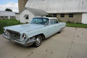 Chrysler : New Yorker 4 door hard top