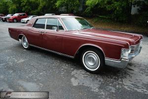 Lincoln : Continental Sedan