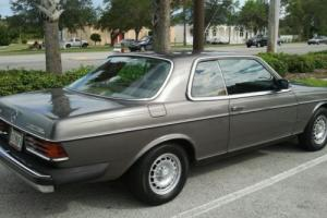 Mercedes-Benz : 300-Series coupe
