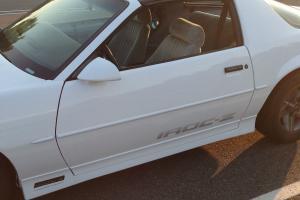 1988 Chevrolet Camaro Iroc-Z Coupe 2-Door 5.0L