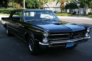 Pontiac : GTO RESTORED - TRIPOWER - RAM AIR - 2K MI
