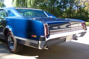 Oldsmobile : 442 deluxe