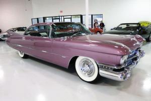 Stunning - Rust Free - AZ Car - Loaded w/Options!!