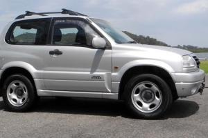 Suzuki Grand Vitara Sports 4x4 Wide 2004 2D Hardtop 5 SP Manual 2L in Kincumber, NSW