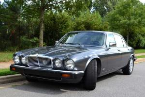 Classic Jag XJ Series III that runs!