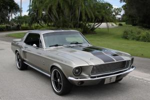 Elenor Resto Mod Custom Tribute Shelby 302 400 HP