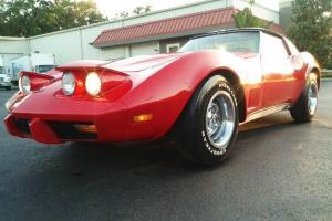 Chevrolet : Corvette Deluxe