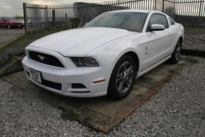 2014 FORD MUSTANG 3.7 V6 AUTO PREMIUM 1400 MILES FROM NEW