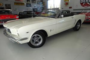 @@LOOK@@ RARE Airconditioned Convertible