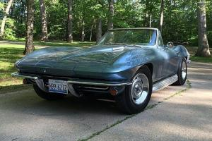 Chevrolet : Corvette FOUR SPEED CONVERTIBLE