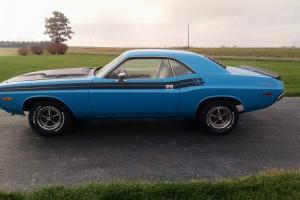 Dodge : Challenger RT Stripes