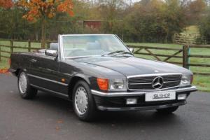 Mercedes-Benz 300 SL | Grey Interior | Illuminated Mir | Rear Seats | Warranty