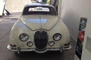 Jaguar : S-Type Sedan