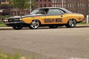 Dodge : Challenger EXTREME HOT ROD