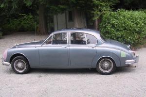 Jaguar : Other Luxury 4-door Saloon