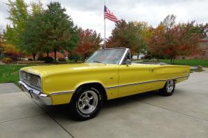 Dodge : Coronet Convertible