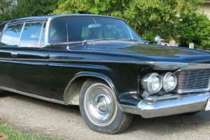 Chrysler : Imperial 4 door hard top