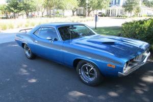 Plymouth : Barracuda 2 door coupe
